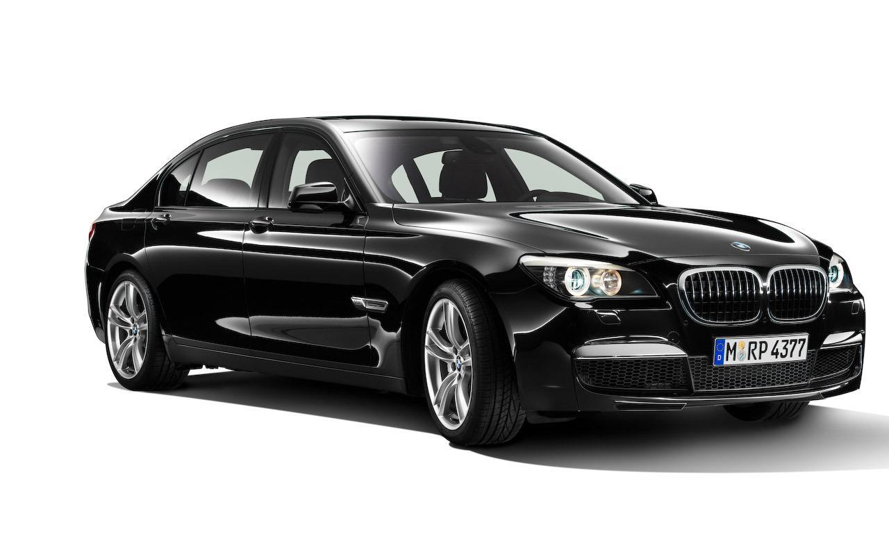 Rent a BMW 7 SERIES