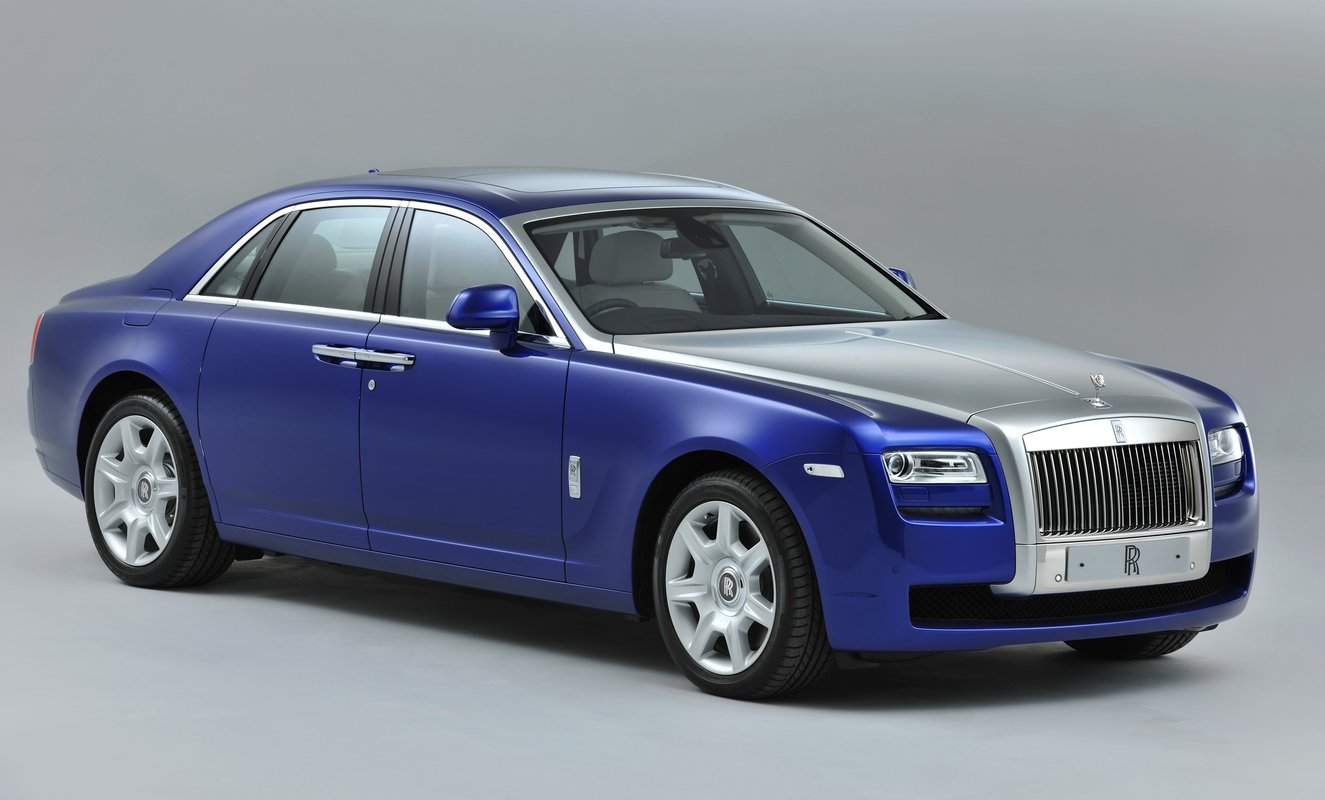 Rent a ROLLS ROYCE GHOST