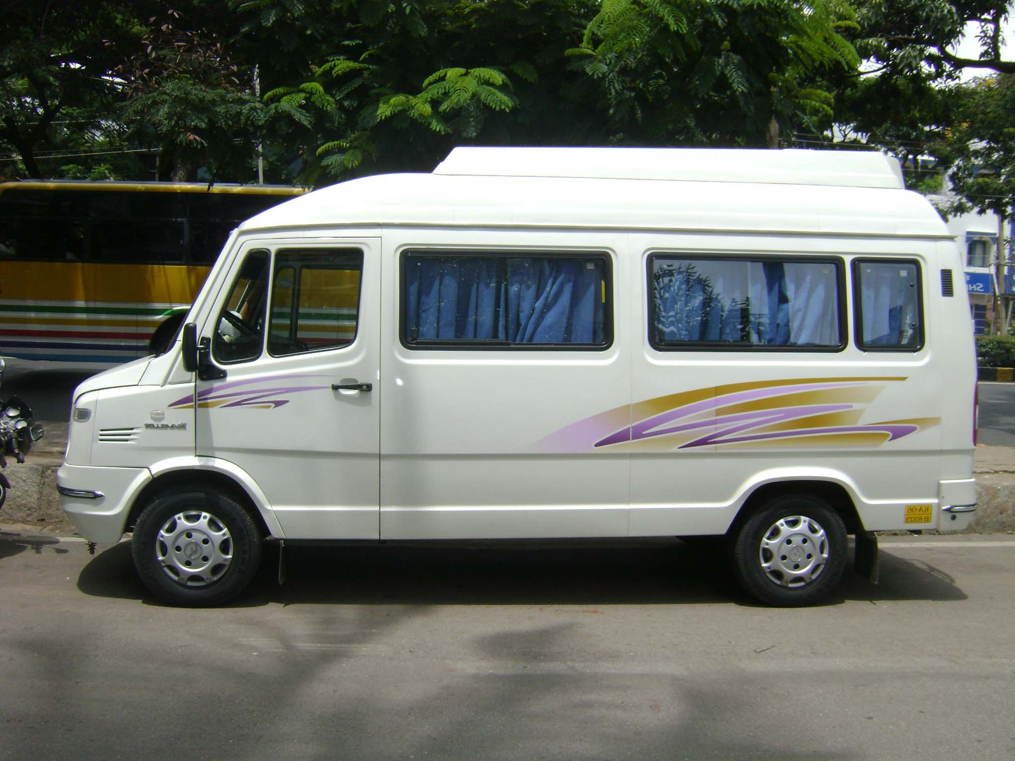 12 Seater Tempo Travellers