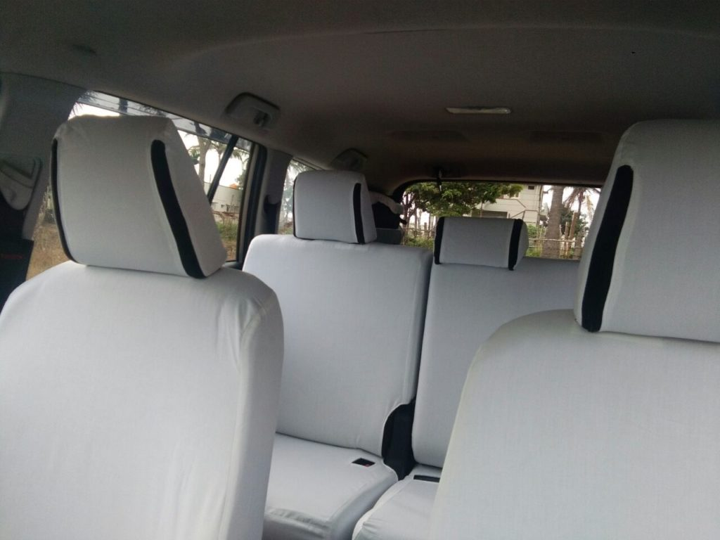 7 seater car for rent in bangalore